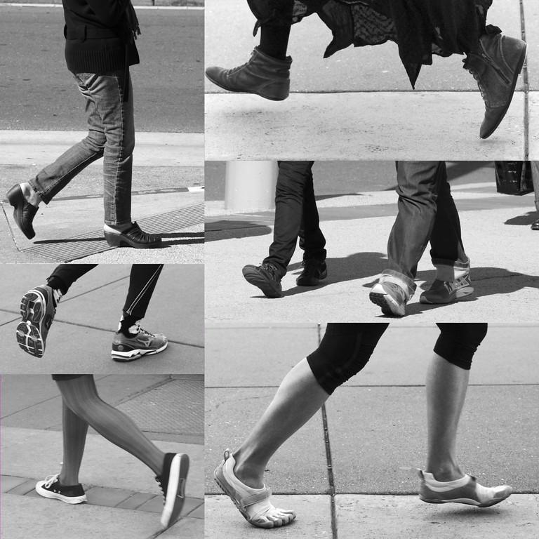 Shoes in motion ref: 24bc2f4d-42c0-46bd-9d87-d52853a2bfcb