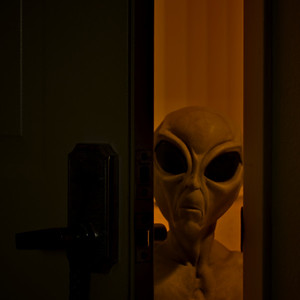 Alien visitation ref: 9e7092e6-c1fa-4f49-a700-3b70aaaec736