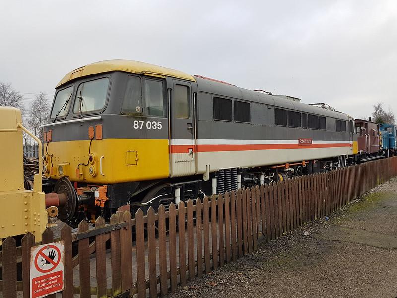 Class 87_87035 'Robert Burns'   21/01/17