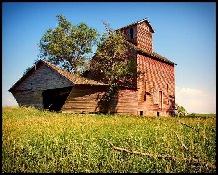 Abandoned grain elevator, Mansfield, South Dakota.