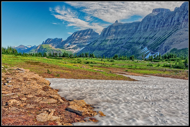 Looking west from Hidden Lake Trail at Logan Pass.