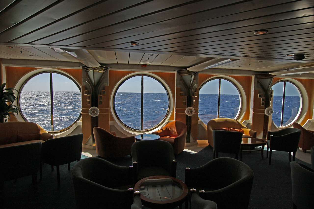 Enchantment of the Seas Seating area