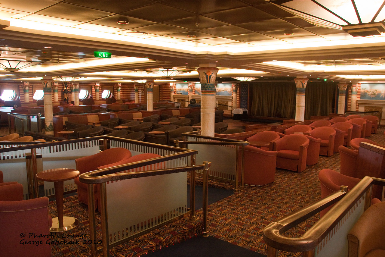 Freedom of the Seas Pharoah's Lounge
