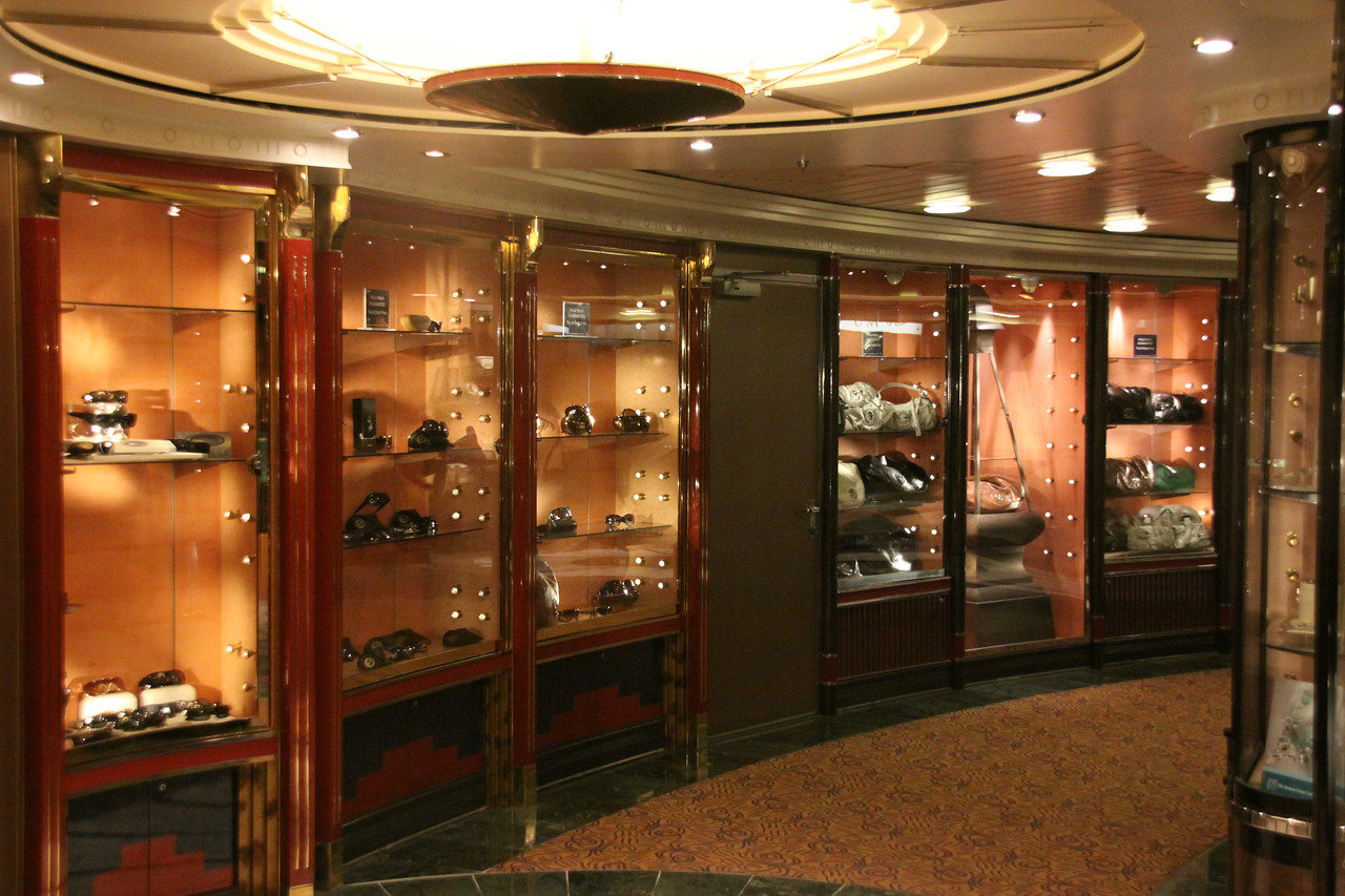 Enchantment of the Seas 6th floor shopping