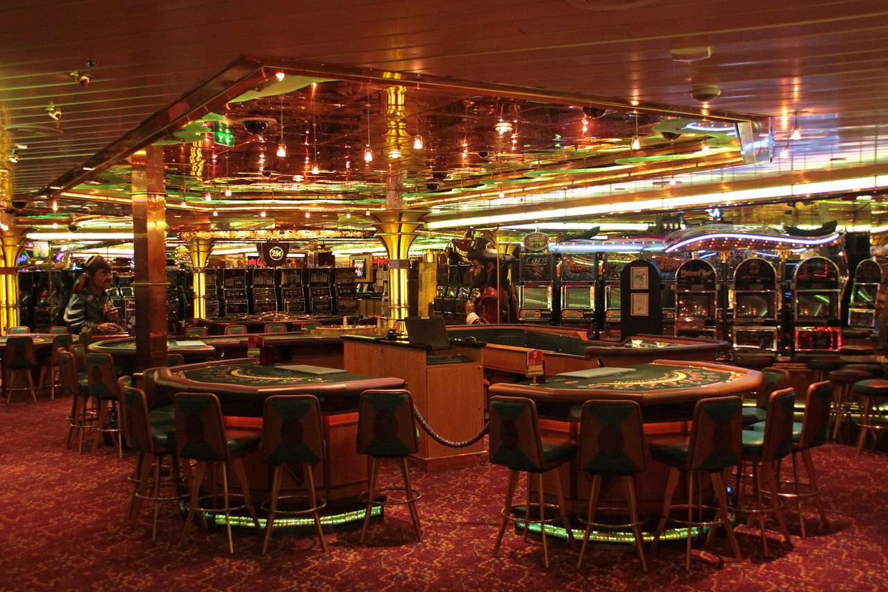 Enchantment of the Seas Inside the Casino
