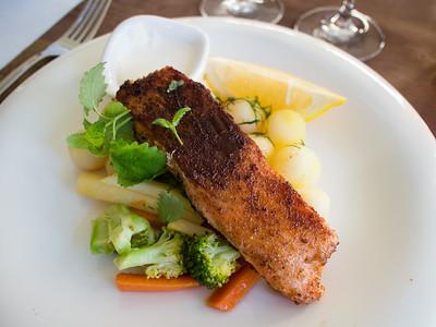 Rye fried salmon