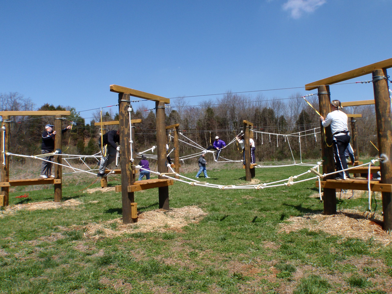 Fitness training ropes course