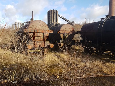 From L-R are NCB 40227_40228_40224 14t Tar Tanks extant    29/12/17