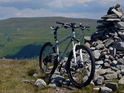 My bike at the top of my most difficult ascent yet. We're somewhere above Buckden.