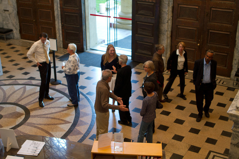 DAASV members and guests met docents in the museum lobby.