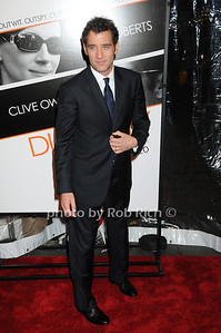 Clive Owen  photo by Rob Rich © 2009 robwayne1@aol.com 516-676-3939