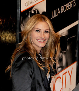 Julia Roberts photo by Rob Rich © 2009 robwayne1@aol.com 516-676-3939