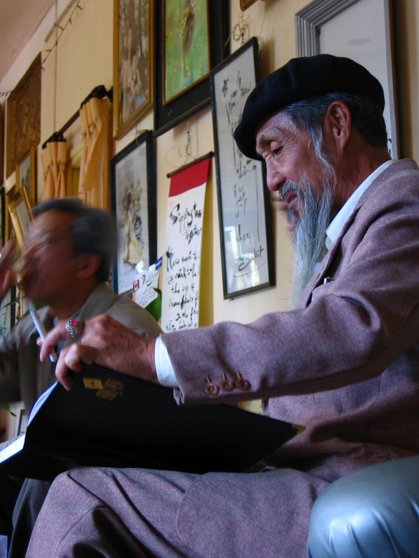 semi-famous poet in da lat named duy viet