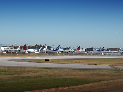 787 Dreamliners await delivery at Paine Field