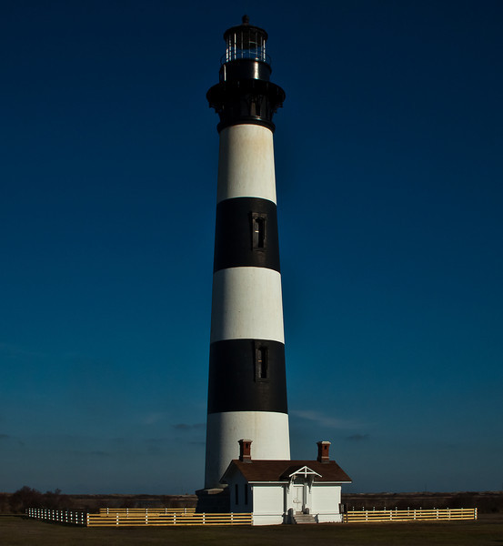 Bodie Lighthouse....<br /> <br /> OK, drab....the hurricane that went thru here has the surrounding area closed and the buildings around the lighthouse were damaged as well. This sits way inland and has no shoreline close by. Seashelling in this area is good.