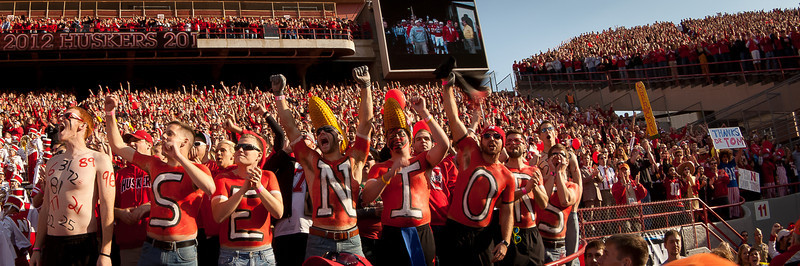 20NOV2012<br /> <br /> Last Tunnel Walk<br /> <br />  Dr.Tom Osborne and Head Coach Bo Pellini walk the 2012 Nebraska Cornhuskers out of the tunnel to a standing ovation, it's Senior Day as well.<br /> <br /> The Huskers will go on to beat the Minnesota Gophers at Memorial Stadium in Lincoln Nebraska 38-14 as the 325th sell out crowd cheered them on, the longest sellout streak in NCAA history.<br /> <br /> Have a great day!
