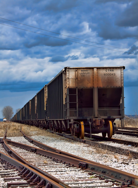 Always been kind of fascinated by choo choo trains. These are coal cars sitting near the Modo Ferry in Illinois. 2.6.13