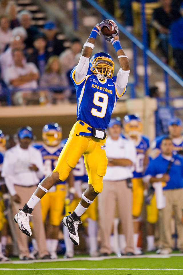 12 September 2009:  San Jose State wide receiver Marquis Avery (9) makes a leaping catch during the second quarter of the Utah Utes' 24-14 win over the San Jose State Spartans at Spartan Stadium, in San Jose, CA.