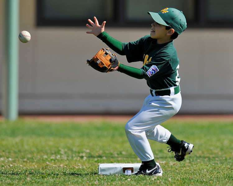 27 May 2008:  Diego Burgos in t-ball action at Palo Verde Elementary School in Palo Alto, California.