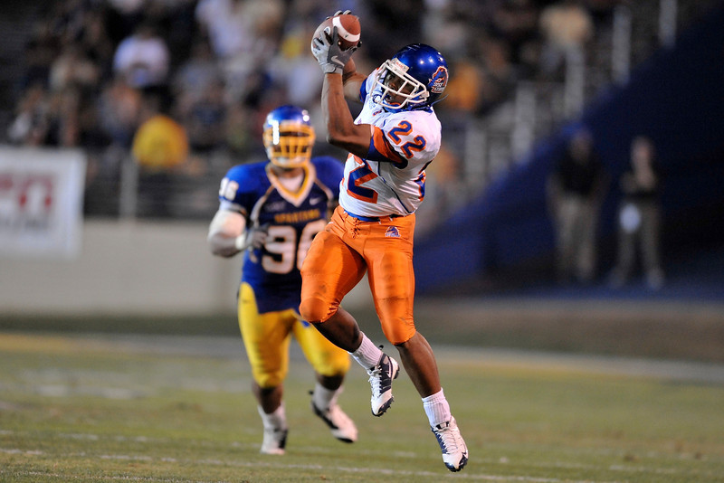 Oct. 24, 2008; San Jose, CA, USA; Boise State running back Doug Martin (22) catches a pass with some room to run during the second quarter against the San Jose State Spartans at Spartan Stadium in San Jose, CA. Mandatory Credit: Daniel R. Harris-US PRESSWIRE