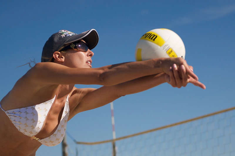 06 March 2008:  AVP Player Jenny Kropp  at a practice match at Long Beach State's beach volleyball court in Long Beach, CA.