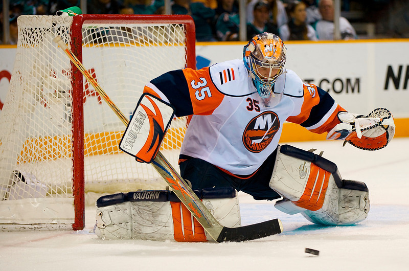 03 January 2009:  New York Islanders goalie Joey MacDonald (35) blocks a shot during the second period of the San Jose Sharks 5-3 win over the Islanders at HP Pavillion in San Jose, California.  **** Editorial Usage Only *****