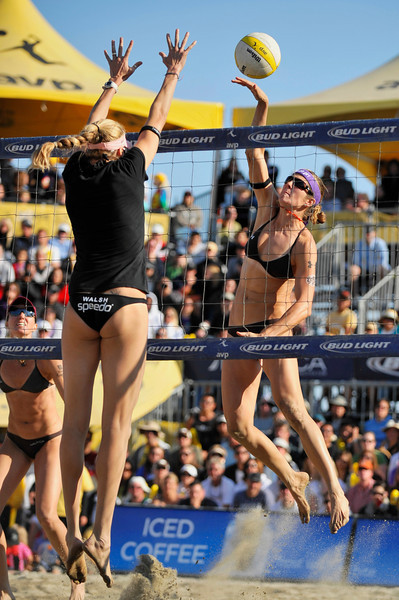 14 September 2008:  Nicole Branagh hits a winner as Kerri Walsh attempts a block during the women's final match of the AVP Crocs Cup Shootout at Pier 30 in San Francisco, CA.   Misty May-Treanor and Walsh defeated Elaine Youngs and Branagh 21-16, 21-12.