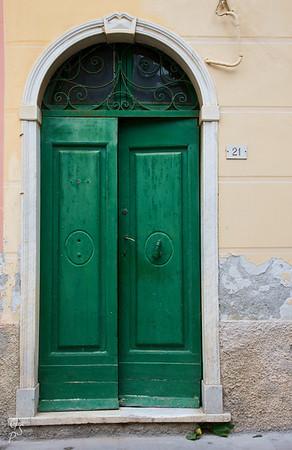 Green Door 21