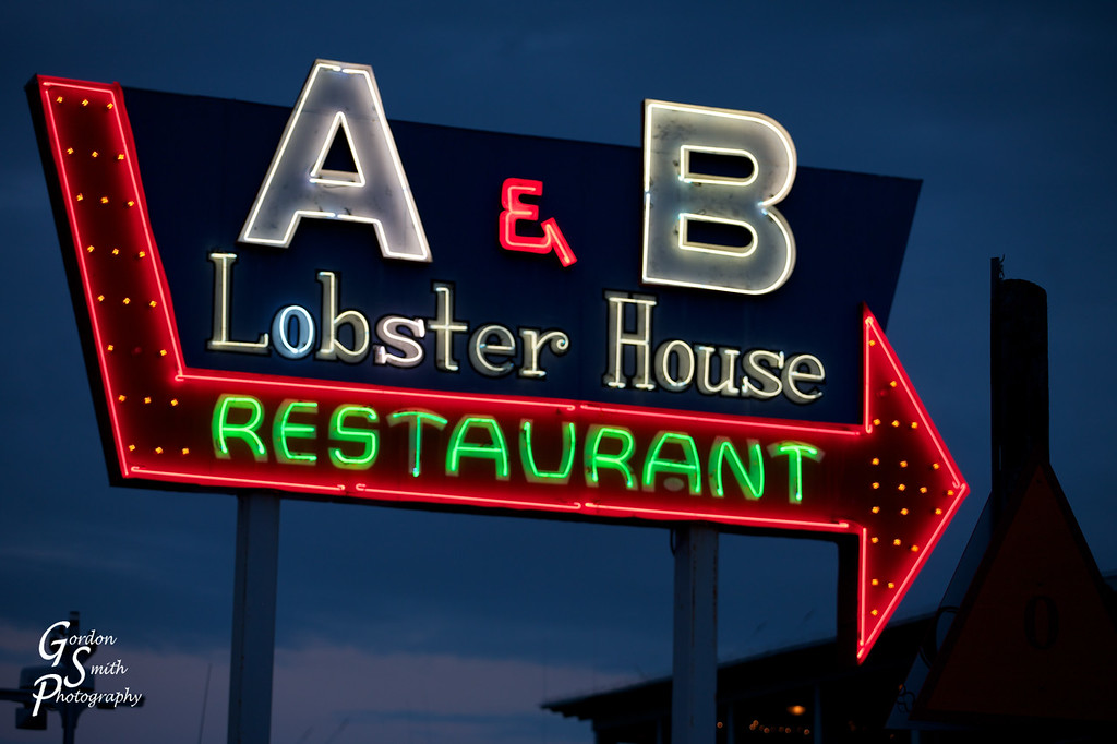 A & B Lobster House