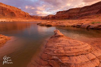 Dungeon Canyon Lake Powell