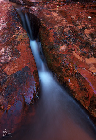 Red chute