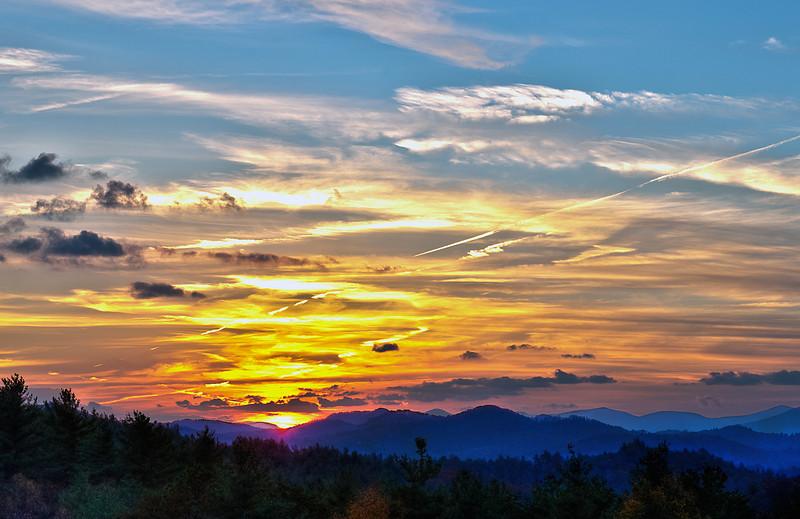 "Blue Ridge Sunset<br /> <br />  <a href=""http://sillymonkeyphoto.com/2010/11/10/blue-ridge-sunset/"">http://sillymonkeyphoto.com/2010/11/10/blue-ridge-sunset/</a>"