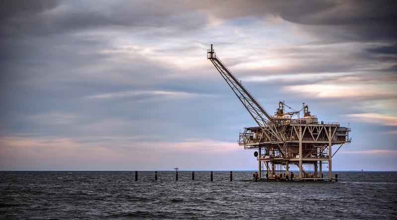 Mobile Bay Oil Rig