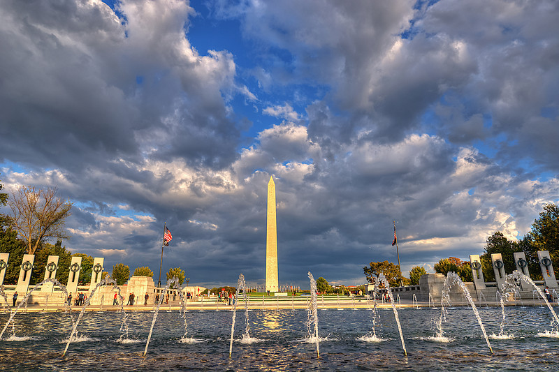 "Washingon Monument - Cloudy Day<br /> <br />  <a href=""http://sillymonkeyphoto.com/2011/10/21/washington-monumentcloudy-day/"">http://sillymonkeyphoto.com/2011/10/21/washington-monumentcloudy-day/</a>"