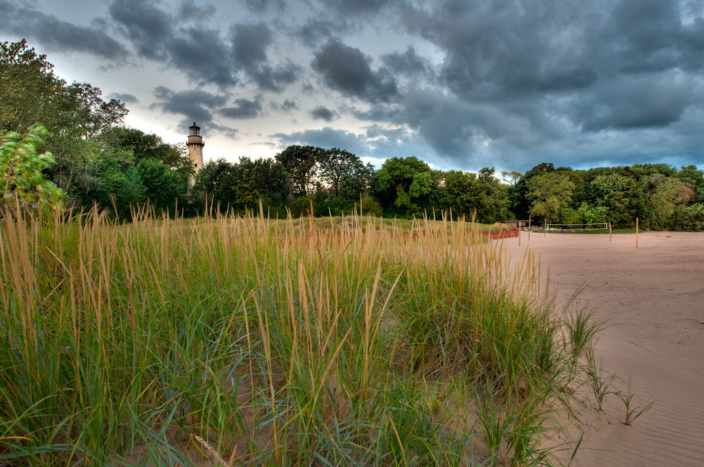 Sep, 22 2011 : Early morning shot of the Gross Point Lighthouse on Lake Michigan