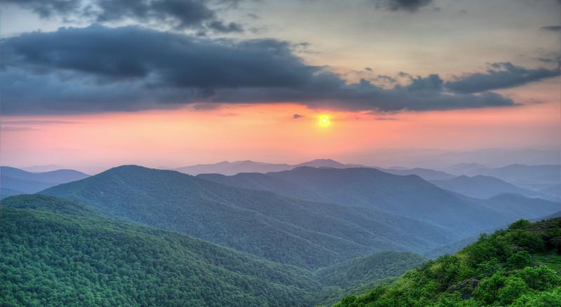 "Appalachian Sunset<br /> <br /> <a href=""http://sillymonkeyphoto.com/2012/11/12/monday-morning-movie-7/"">http://sillymonkeyphoto.com/2012/11/12/monday-morning-movie-7/</a>"