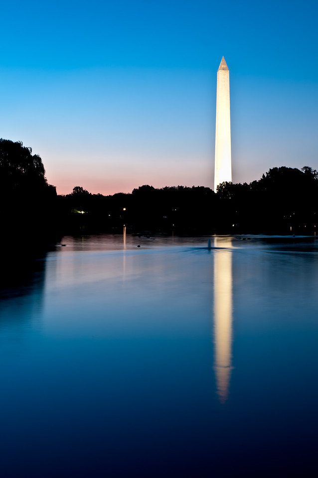 8-17-11 : Another monument, another morning, another reflection.