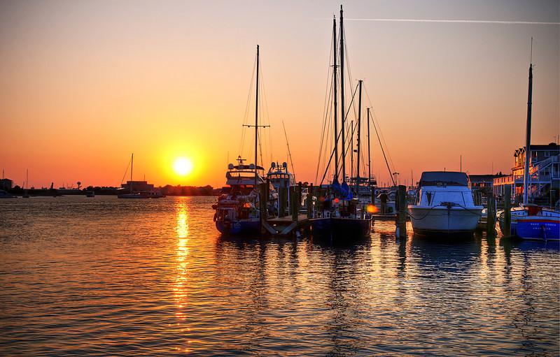 """Beaufort Sunset<br /> <br /> <a href=""""http://sillymonkeyphoto.com/2012/02/01/beaufort-sunset-2/"""">http://sillymonkeyphoto.com/2012/02/01/beaufort-sunset-2/</a>"""