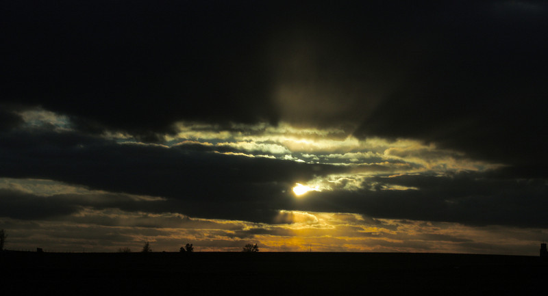 """Dark Sunset""<br /> <br /> <br /> <br /> ""Nobody of any real culture, for instance, ever talks nowadays about the beauty of sunset. Sunsets are quite old fashioned. To admire them is a distinct sign of provincialism of temperament. Upon the other hand they go on.""~ Oscar Wilde ~"