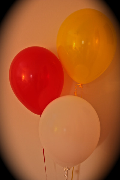 """Color""<br /> <br /> <br /> ""Nobody can be uncheered with a balloon""~Winnie the Pooh~"