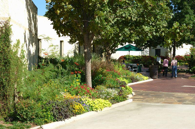 1_Arboretum_2005-10-09_0003