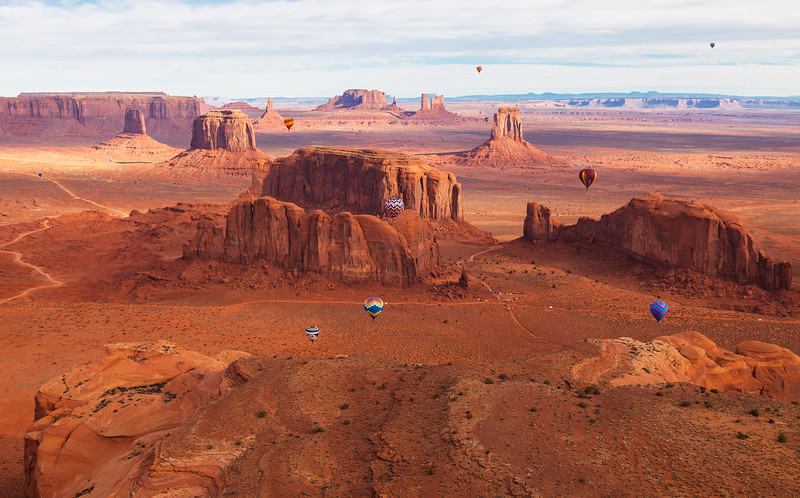 Sohm-1202-9408 v4 Monument Valley Balloon Fest