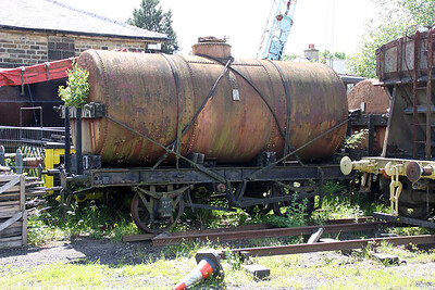 WR617/LMS 103469  24t Oil Tank    24/06/12
