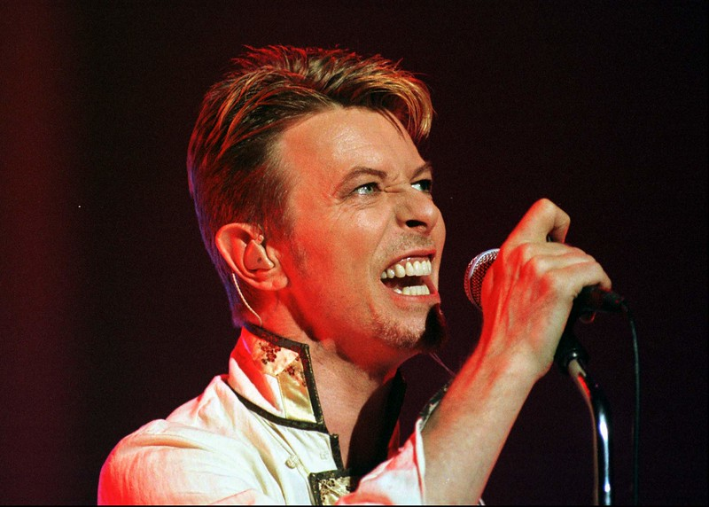 the stars are out tonight david bowie
