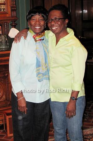Claudette Darrell, Dawn Todd