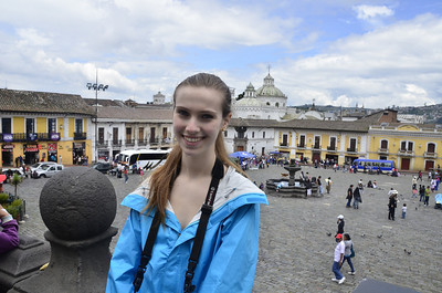 Lila, Plaza de San Francisco, Quito