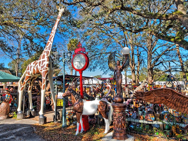 Enter Barberville Roadside through the Giraffe