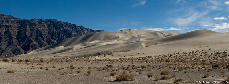 Eureka Dunes, tallest dunes in CA at 700'