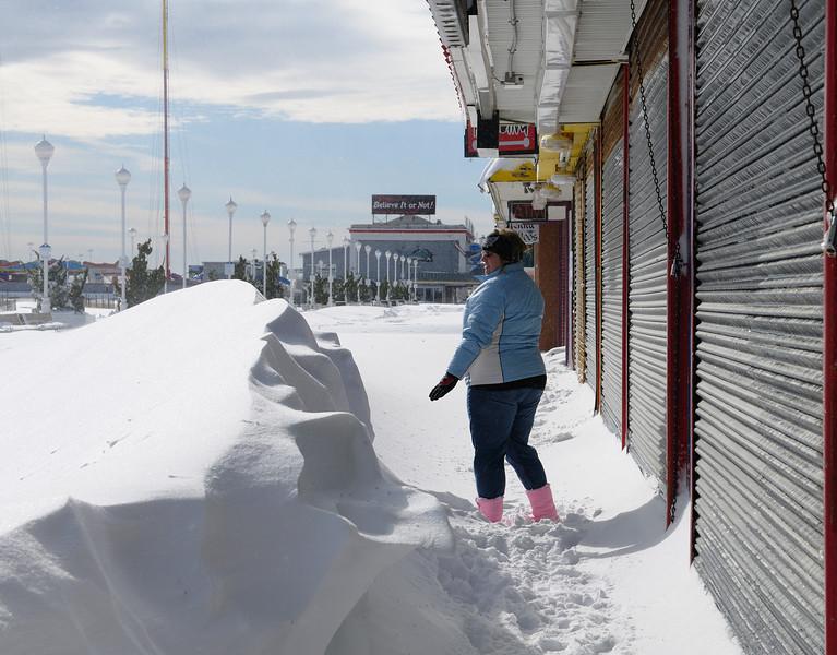 Love snow on the boardwalk!