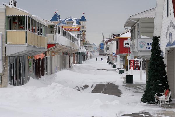Dec 26/27 2010 Boardwalk Snow!